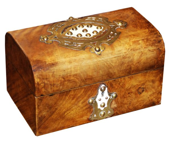 # 3413 Burr Walnut Box with Key